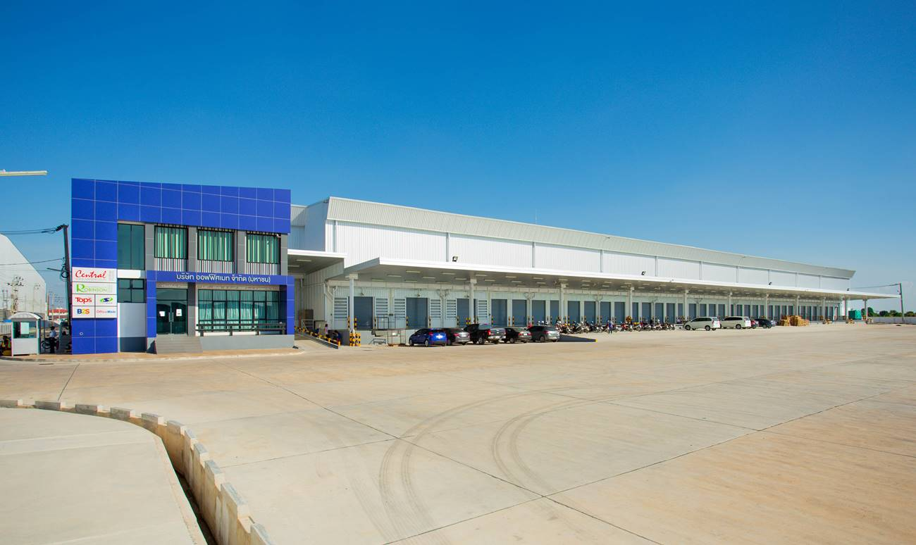 WHA Mega Logistics Center ชลหารพิจิตร กม. 5 <small> (Central Online Group Warehouse for e-Commerce)</small>