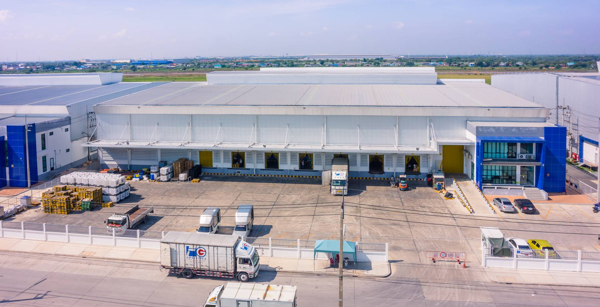 ศูนย์กระจายสินค้า WHA Mega Logistics Center วังน้อย 61 <small>(LF Logistics D.C. for Jonhnson Diversey Harzadous Goods) </small>